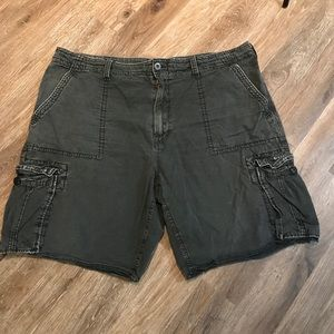8ac6dcea91 Distressed American eagle cargo shorts